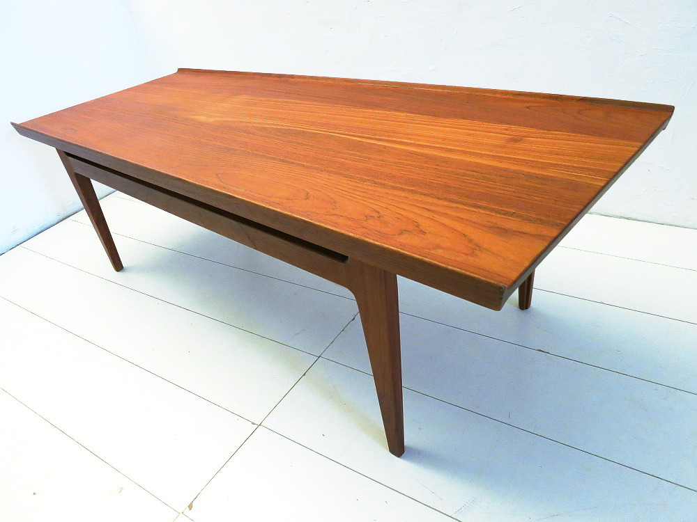 FINN JUHL COUCHTISCH in TEAK FRANCE & SON