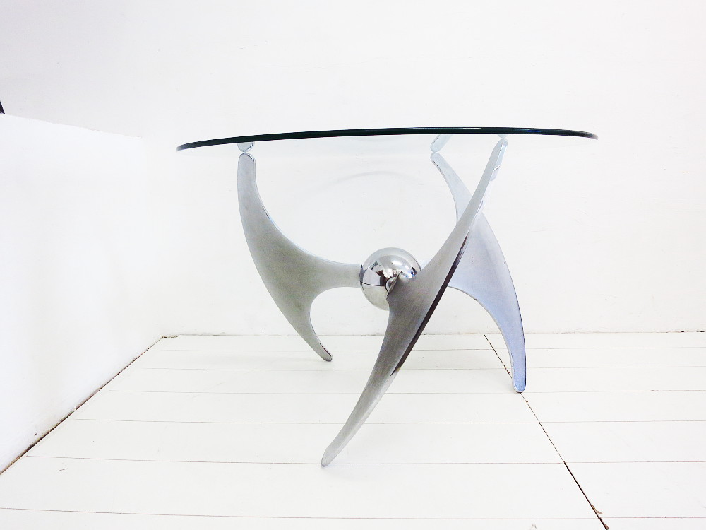 Propeller Coffee-or Dining Table L.Campanini for Cama