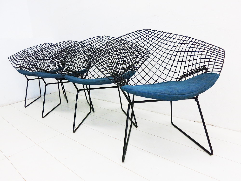 4 Diamond Chairs Design Harry Bertoia für Knoll International