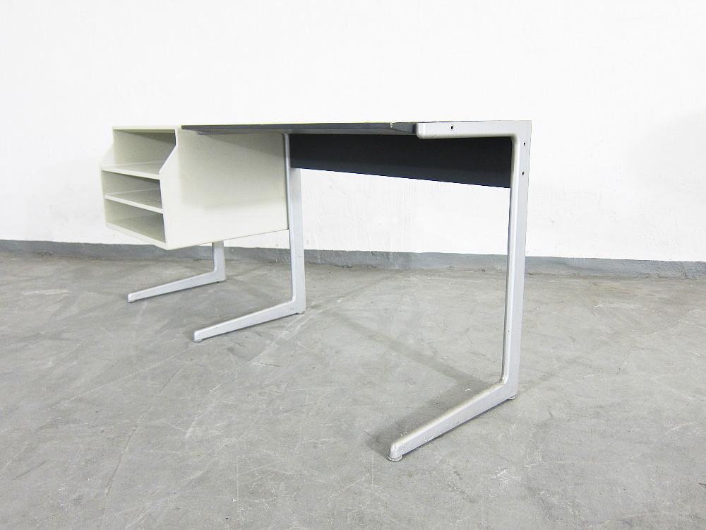 kangaroo phono untergestell mit schallplattenregal dieter rams f r braun plutoraker. Black Bedroom Furniture Sets. Home Design Ideas
