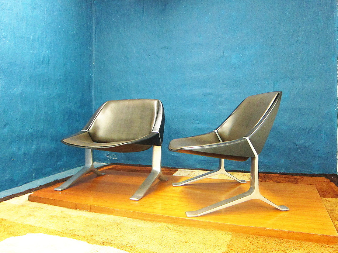 2 Lounge Chairs Design Knut Hesterberg Aluminum Plastic Leather